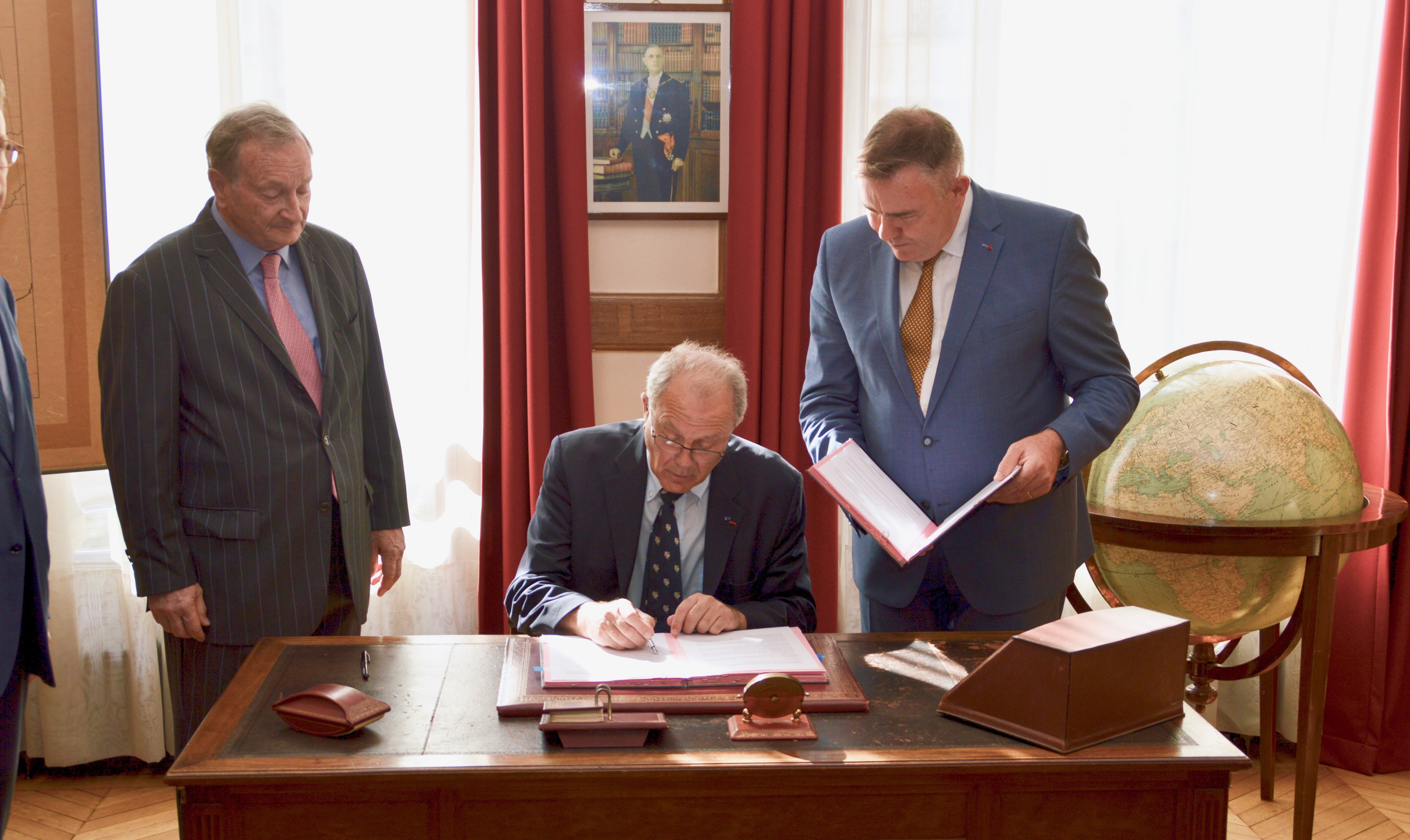 Signature des partenariats avec EDF et avec la Fondation Sommer 13