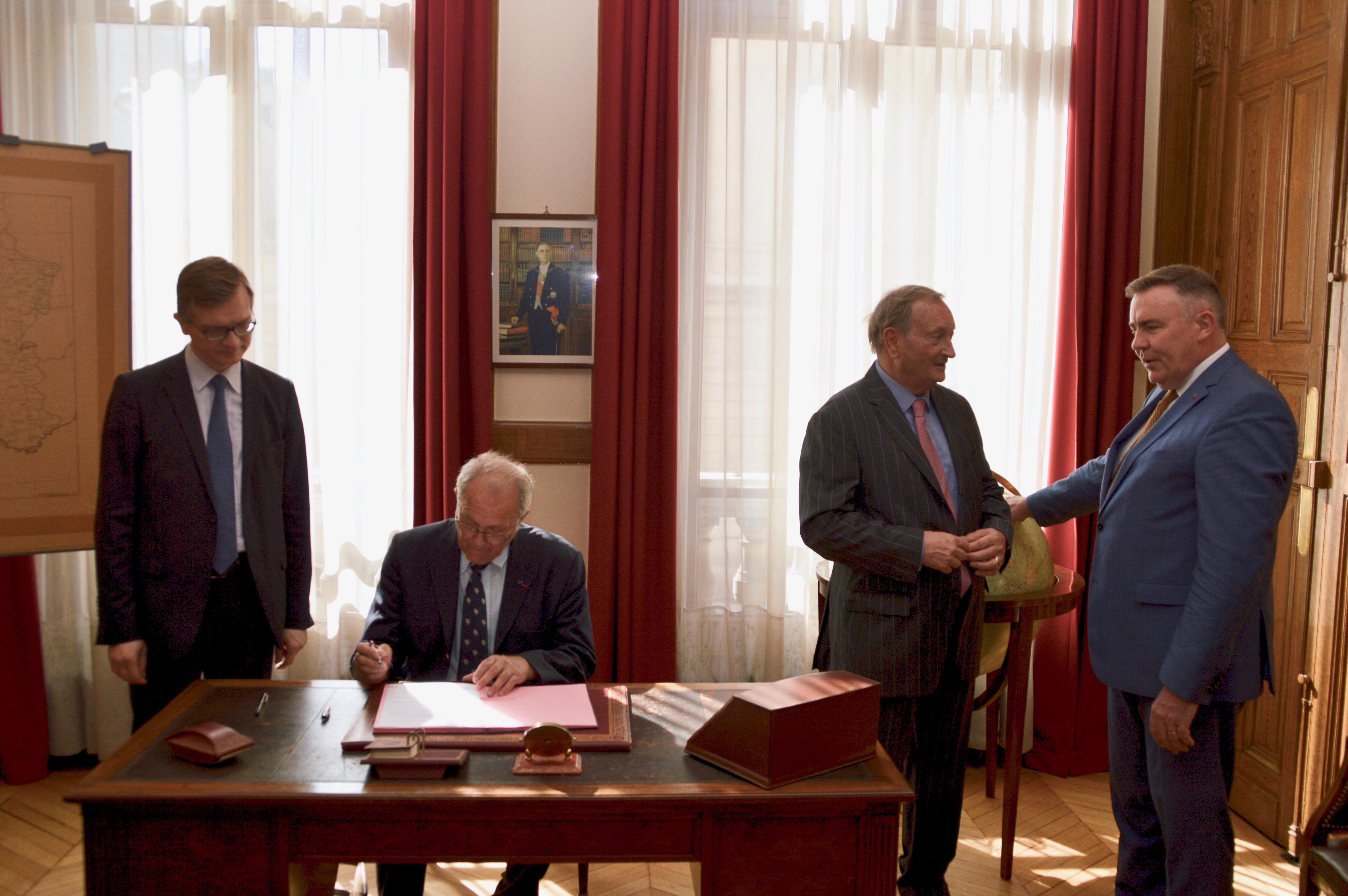Signature des partenariats avec EDF et avec la Fondation Sommer 15