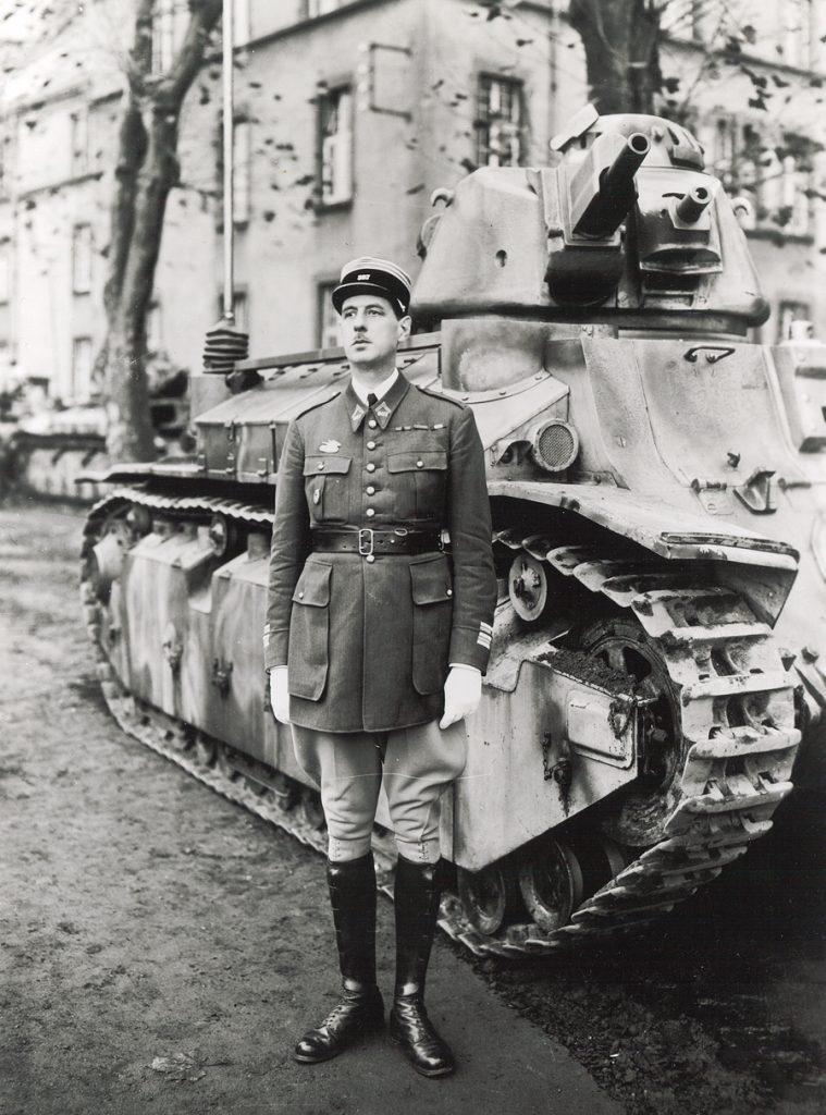 Metz   De Gaulle Commandant Du 507e R U00e9giment De Chars En 1937