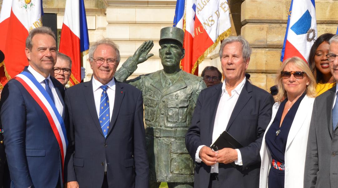 Inauguration de la statue du général de Gaulle à Evreux