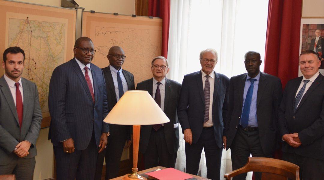 Signature du partenariat pour la création de «Journées gaulliennes en Afrique»
