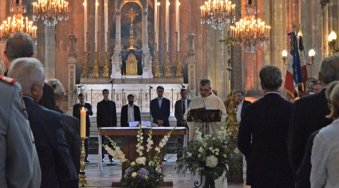 Messe pour le 75e anniversaire de la Libération de Paris célébrée en l'église Saint-Eustache