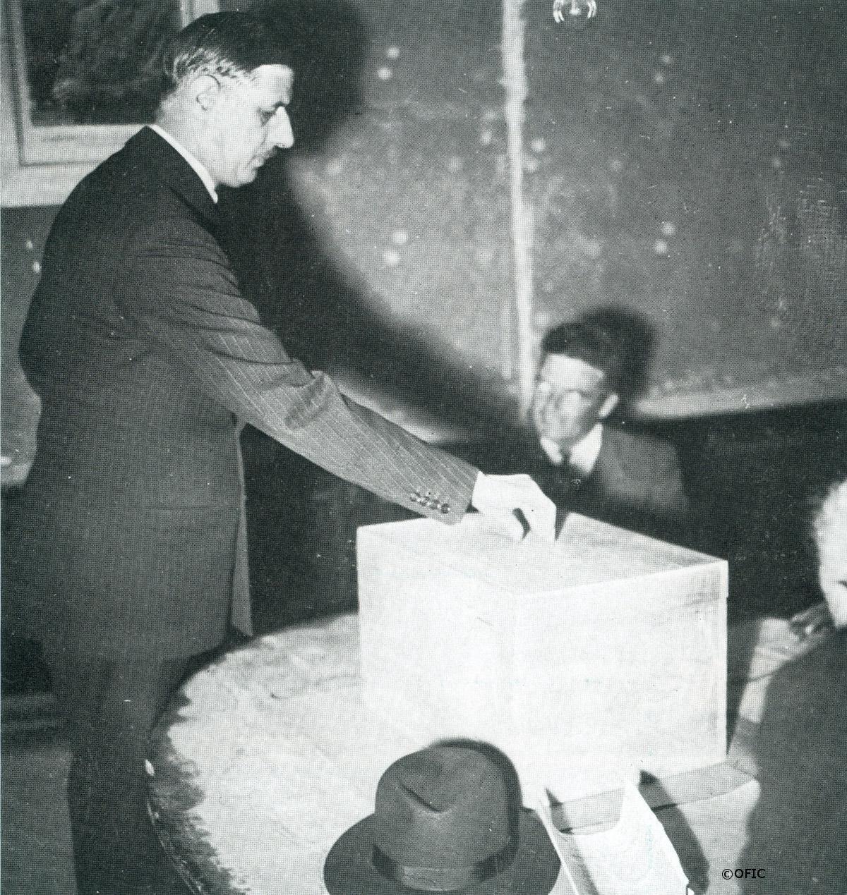 21/10/1945 : Référendum et élections législatives