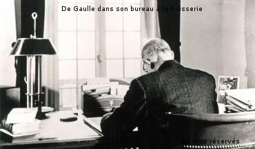 30/06/1955 : Retrait de la vie politique