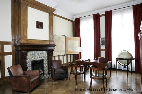 01/07/1947 : Le 5, rue de Solférino à Paris (VIIe) devient le siège du RPF