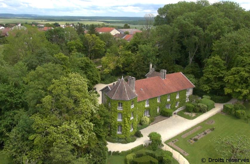 09/06/1934 : Acquisition de la Boisserie à Colombey-les-deux-Eglises