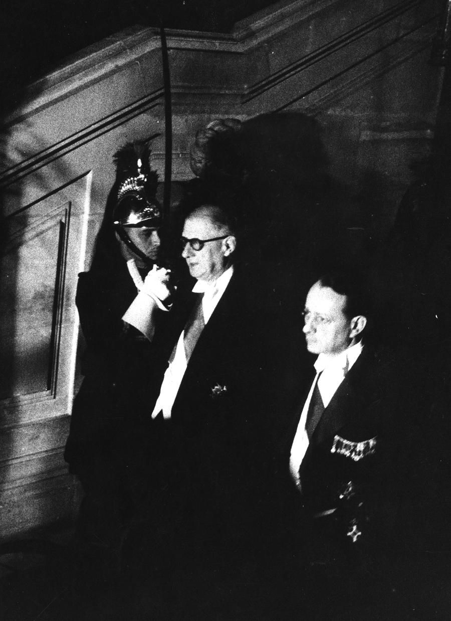 Le général de Gaulle et André Malraux président à l'inauguration du Théâtre de France, 21 octobre 1959