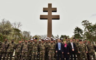 Visite d'une délégation de la 13e DBLE à Colombey-les-Deux-Églises